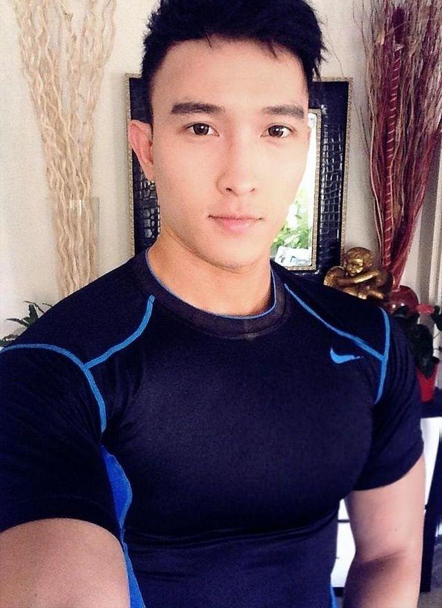 Chan Than San モデル と フィットネス