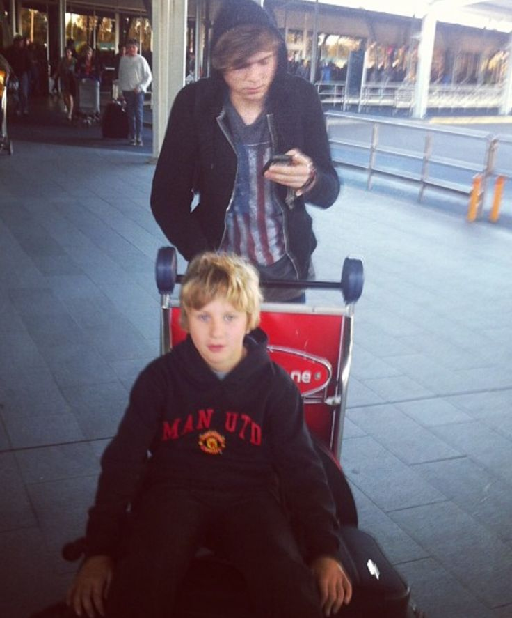 Ashton and his brother, harry irwin
