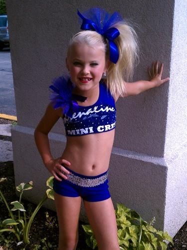 wait did she do cheer or is that a dance outfit?