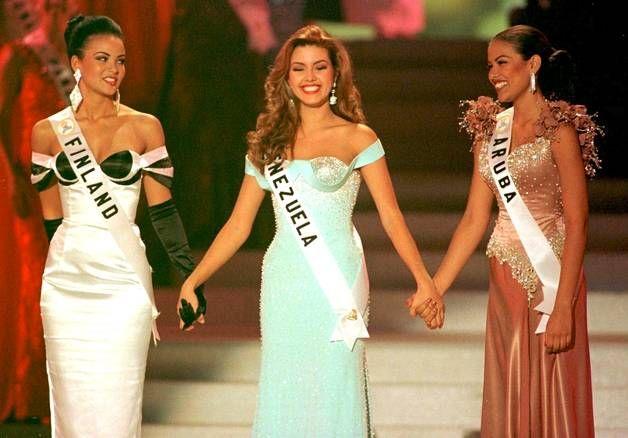 Toiseksi sijoittunutta Miss Aruba Taryn Mansellia ja kolmanneksi sijoittunutta Miss Suomi Lola Odusogaa pidettiin kilpailun ennakkosuosikkeina.