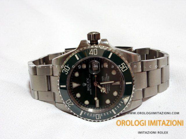 In Vendita ad un prezzo speciale il Rolex Submariner Date Imitazione Quadrante Verde con movimento 2836-2 Swiss Eta. La migliore qualità in assoluto.
