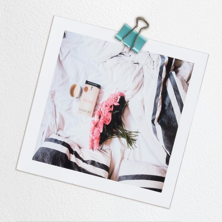 Use Timeframes to make your super cute snaps special. These sweet little Polaroid Photo Squares are the perfect way to capture your memories forever and look great.