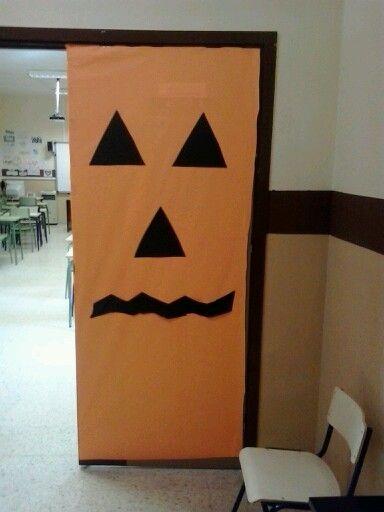 Decorem l'escola per halloween