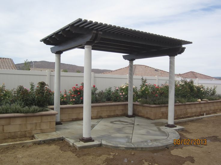 Another beautiful lattice patio cover done by yours truly! Mix it up with different colors and the location!