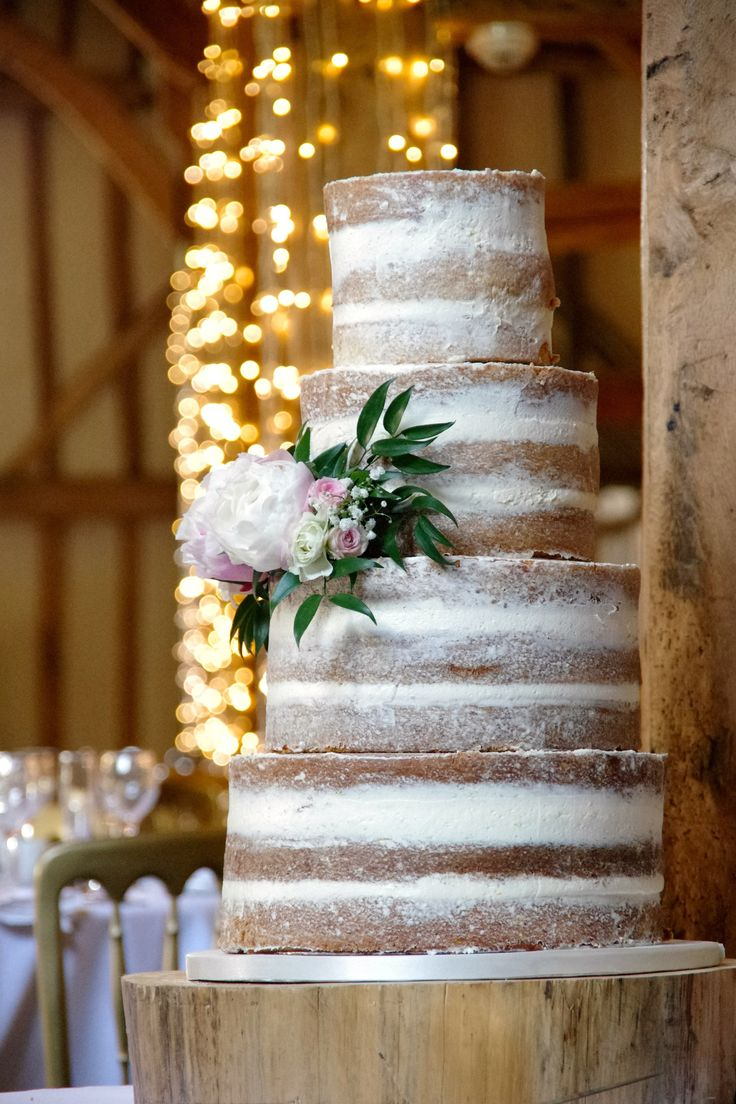 Wedding cake stand hire chelmsford
