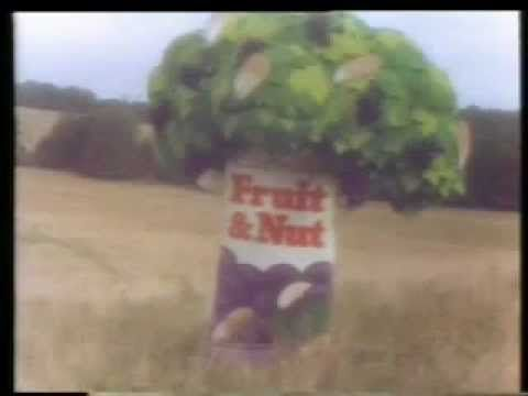 Cadbury's Fruit and Nut - A Fruit and a Nut Case (1976, UK)