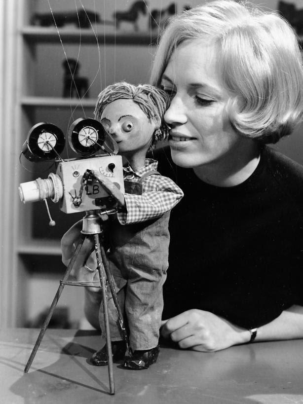 Ingrid og lillebror, børne tv, populært, video, dukke, dear childhood memories, Danish first tv for kids