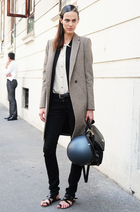 Aymeline Valade between shows in a long blazer skinny jeans & sandals #style #fashion #streetstyle