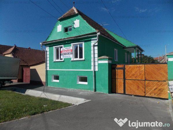 Casa Codlea zona Centrala,P+ E, 80.000 eur - Lajumate.ro
