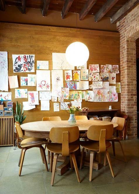 hou van die hout teen die muur idee -dining room