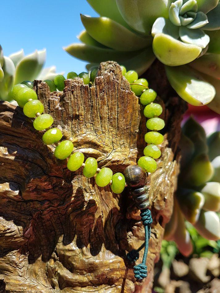 Mala de Mão Jade Facetado com Olho de Tigre 27 contas 8x5 mm- Rosário Budista