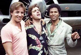 Glenn singing.  Don Johnson, Glenn Frey & Phillip Michael Thomas on Miami Vice episode