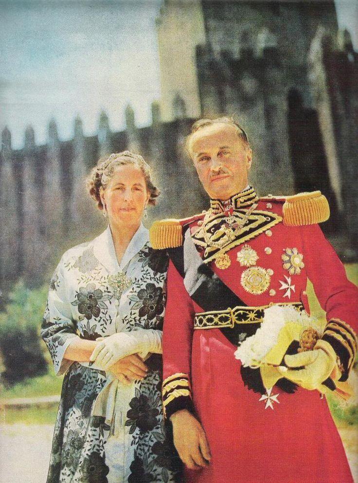 Don Duarte Nuno, Prince Royal of Portugal, Duke of Braganza with Doña Maria Francisca, Princess Royal of Portugal, Duchess of Braganza.