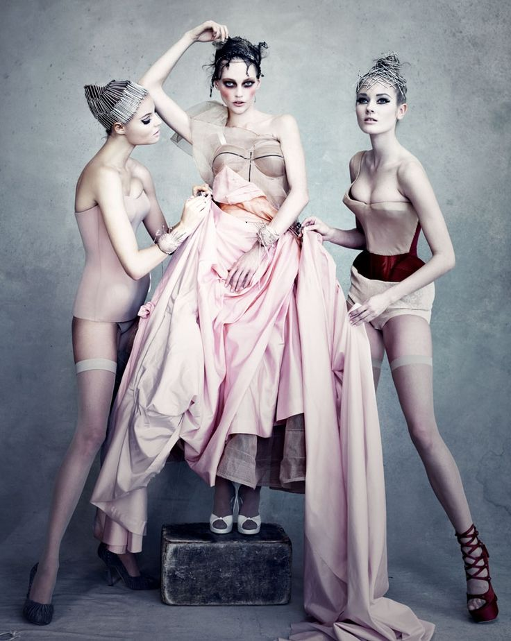 """i love the creepiness of this   """"dior couture by patrick demarchelier"""""""