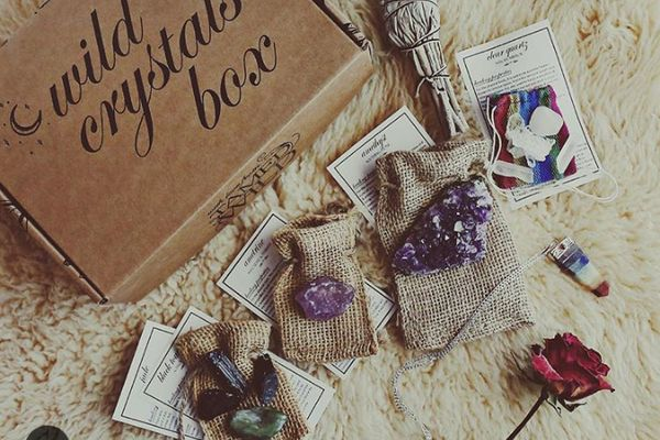 Monthly selection of curated healing crystals, stones & minerals with accompanying info cards!