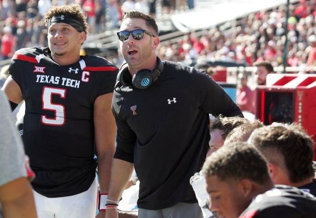 Texas Tech vs. Oklahoma - 10/22/16 College Football Pick, Odds, and Prediction