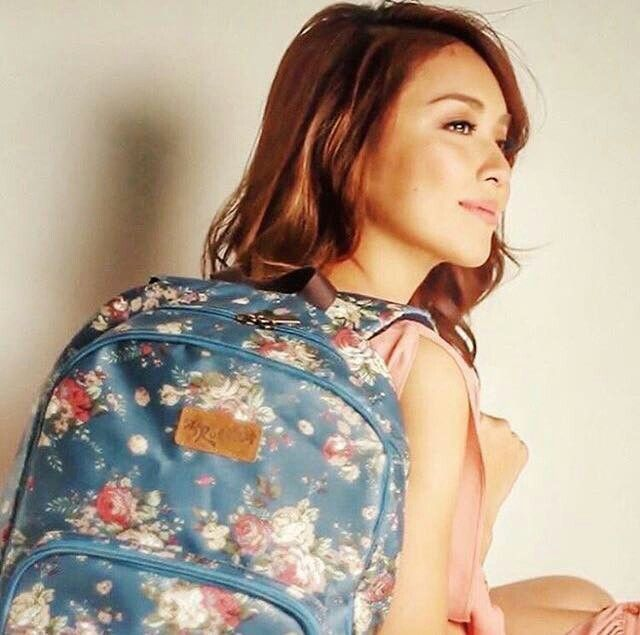 """Here is the pretty Kathryn Bernardo doing a nice photo shoot for Ruffles Bags for 2016. She also looked like a smart casual girl; Kathryn was dressed in a pink long-sleeved blouse, light denim blue wash denim shorts/""""daisy dukes,"""" and nude high-heeled peep-toe platform pumps, which are the Christian Louboutin Lady Peep in nude patent leather, for this photo shoot. She endorsed Ruffles Bags since 2015. #KathrynBernardo #TeenQueen #RufflesBags"""