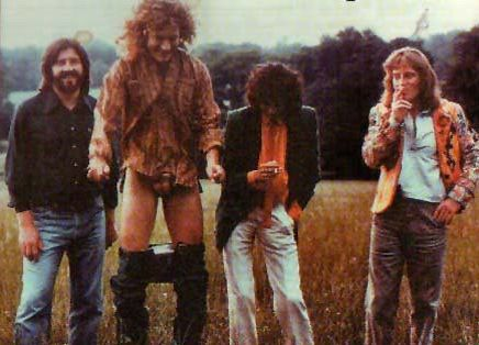 Robert Plant Exposing Himself During Led Zeppelin Photo Shoot | FeelNumb.com