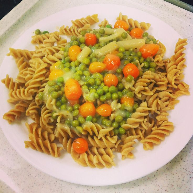 """Vegan: Vollkornfussili mit Leipziger Gemüseragout"" (wholewheat fusilli with vegetables ragout/素:全麥義大利(螺旋)麵與蔬菜雜燴 --- eaten at Uni Mensa(German cafeteria), in Cologne, Germany"