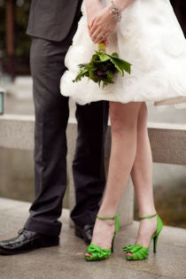 Touch of green wedding heels Keep the dress neutral and pop the shoes... love it