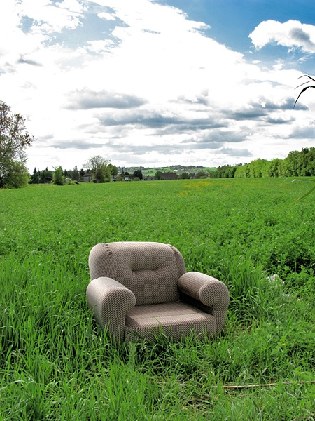 old chair on a lawn #green #photo #tommymorosetti