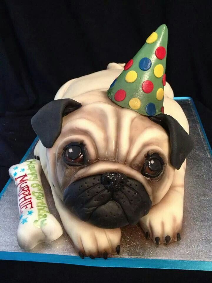 Pug cake for all the owners of this adorable breed