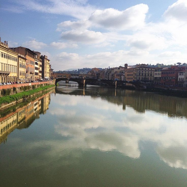 The #river as a #mirror ..#clouds on the #water #beauty #florence #firenze #cloudstagram #tuscany #travelgram #traveling #travel #italy #solocosebelle