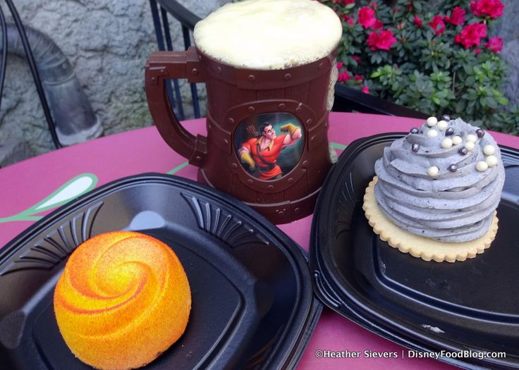 Review: Red Rose Taverne Beauty and the Beast Restaurant in Disneyland