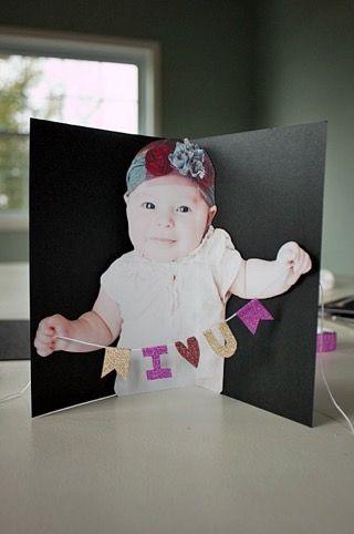 BABY POP-UP KAART Knutselen voor moederdag. Inspiratie voor Moederdag https://www.doenkids.nl/inspiratie-voor-moederdag-cadeautjes/