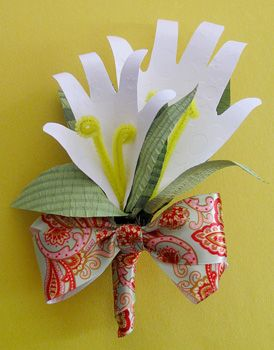Can see this made from youth's hands and used for Mother's Day or another season