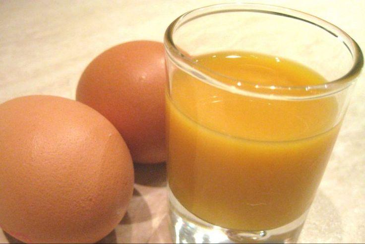 Un gustoso ed energizzante liquore casalingo a base di uova e vino Marsala. Ottimo da gustare anche subito, vi darà la giusta carica in ogni occasione. #Vov