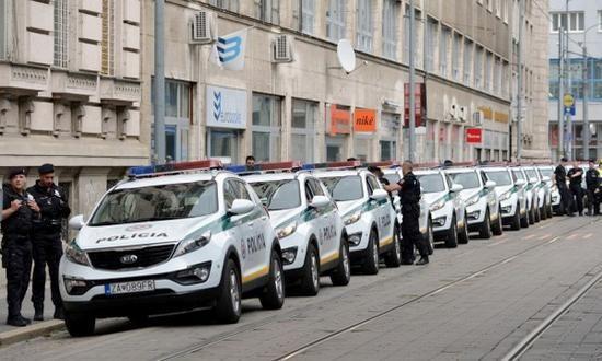 Fortezza Bratislava: sicurezza e strade chiuse per il summit della UE. Chiuso…