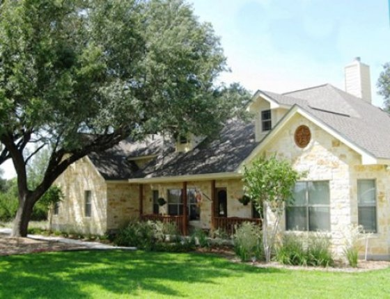 Texas hill country home exterior pinterest on the for Texas hill country home builders