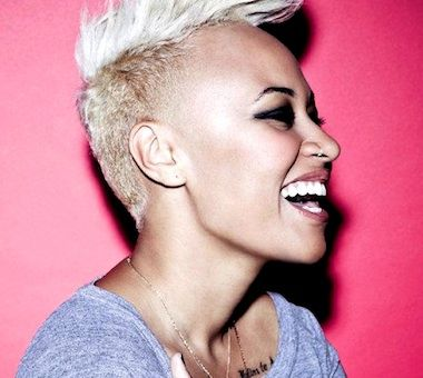 This picture is just so happy!!! (Emeli Sande - next to me, daddy)