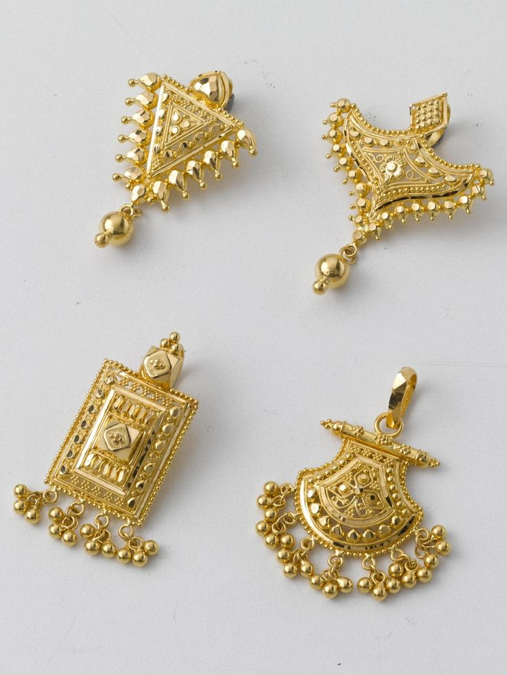 1# 3.800 gm and price Rs. 12,500/- 2# 3.000 gm and price Rs. 9,800/- 3# 3.300 gm and price Rs. 10,900/- 4# 3.800 gm and price Rs. 12,500/-