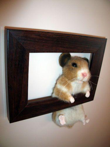 OOAK-Needle-Felted-Hamster-in-a-Frame-Bear-Sculpt