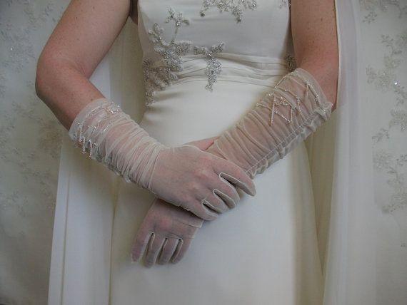 Ivory wedding gloves Bridal tulle gloves ivory by DesignByIrenne
