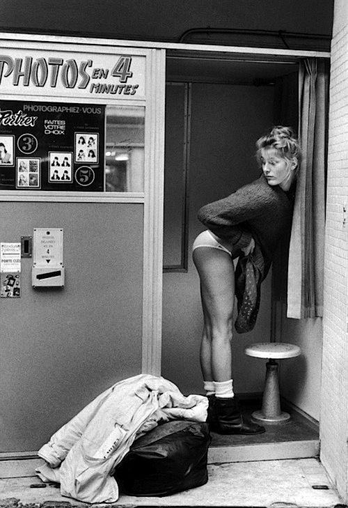 Photomaton, Paris, ca. 1980. Photo by Jean-François Jonvelle (1943–2002). ☀