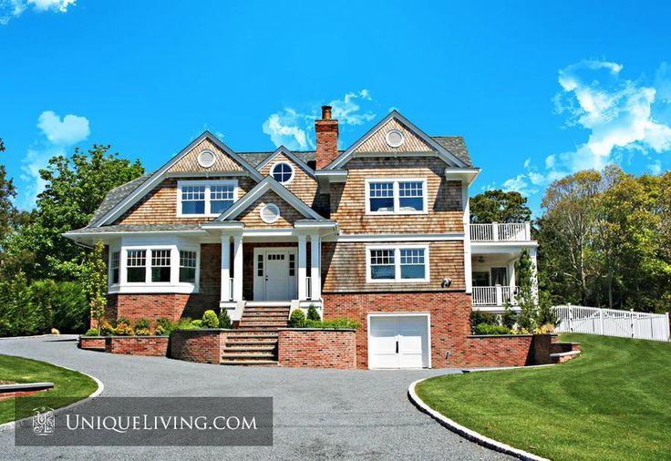 4 Bedroom Villa | The Hamptons, New York, United States - €2,063,948