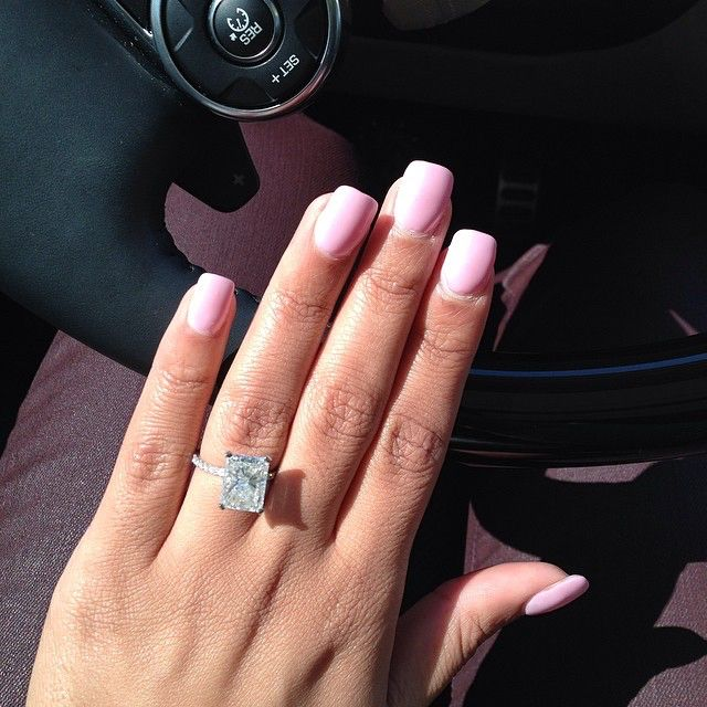 Rectangle engagement ring