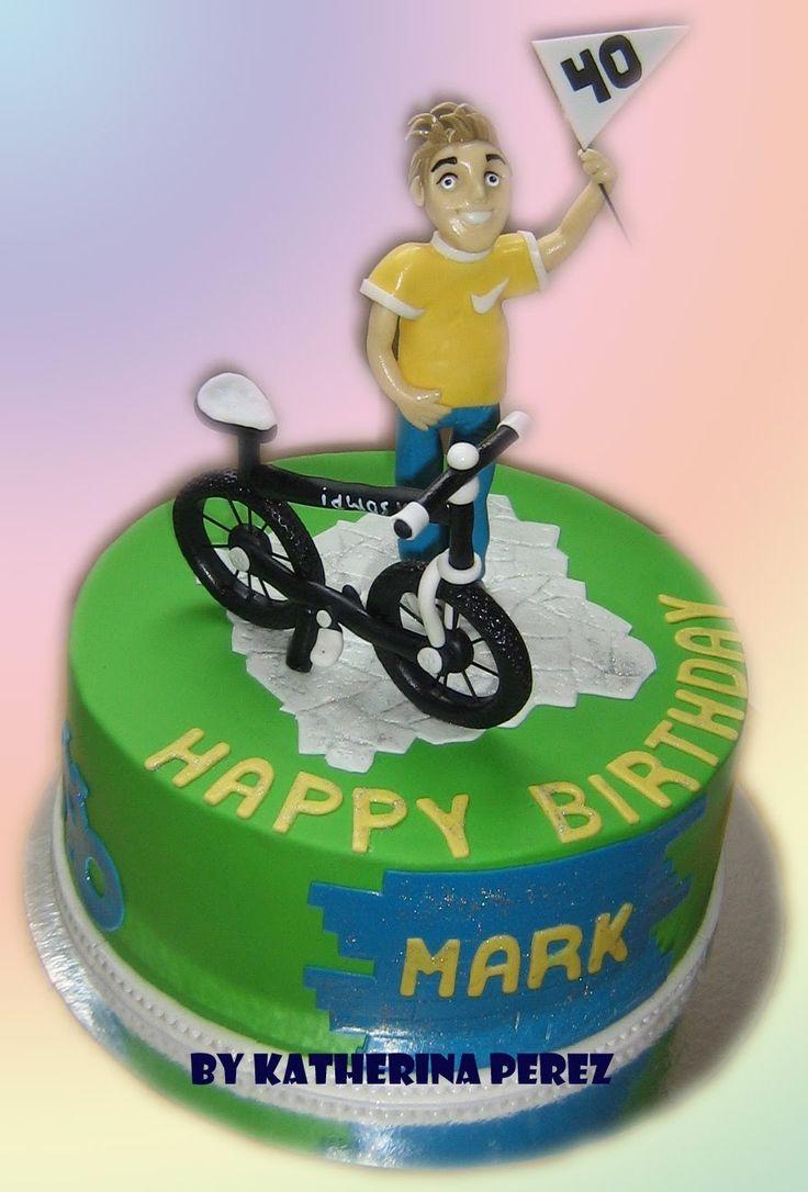 MAN WITH BICYCLE CAKE - TORA DE HOMBRE CON BICICLETA