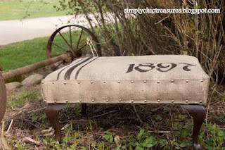DIY-Burlap ottoman re-upholstery