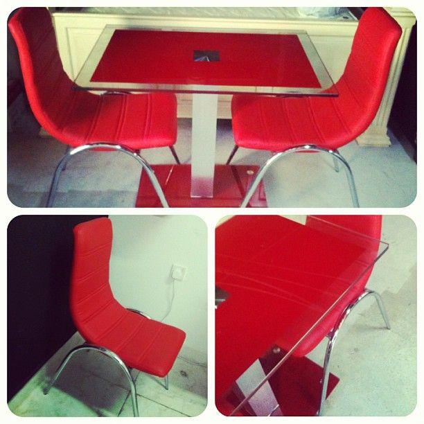 For Sale Glass Daning Table With 2 Red Leather Chair Price 40 Bd للبيع طاولة طعام زجاج لون احمر مع 2 كراسي جلد بحالة جدا ممتاز Decor Home Decor Furniture