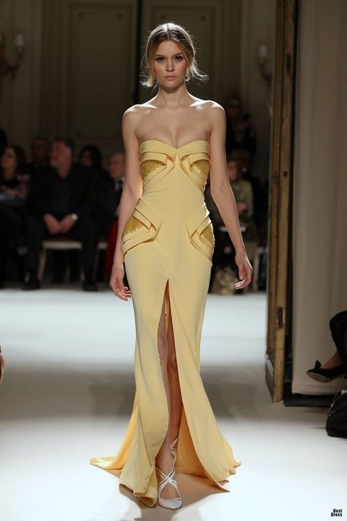 Runway yellow and high front slit (=)