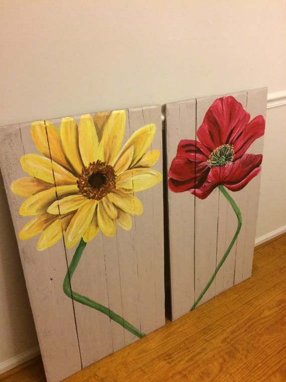 This Listing Is For A Pair Of Reclaimed Wood Flower Art Pieces Will Make A Colorful Accent In The Hom Reclaimed Wood Wall Art Wood Wall Art Reclaimed Wood Art