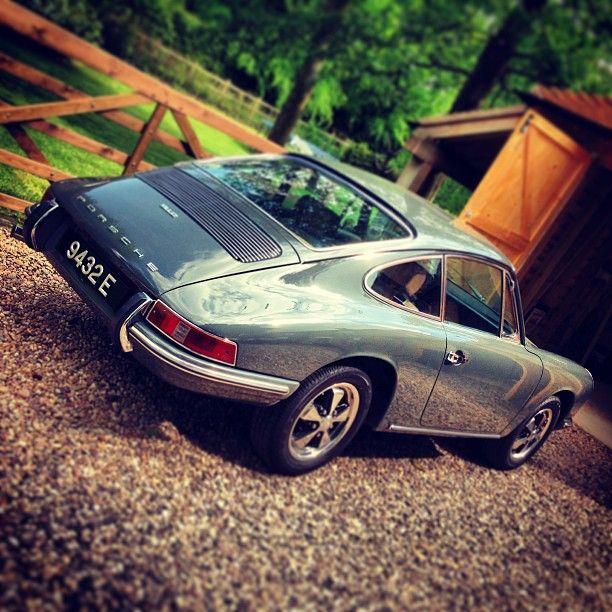 Grey Porsche 912. love itttttttttt