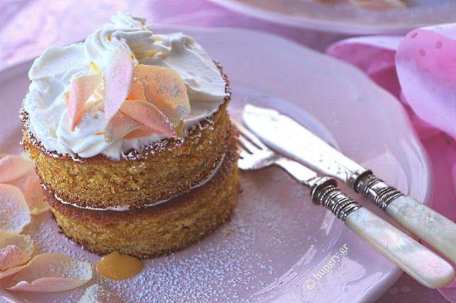 Kitchen Stori.es: Μίνι Κέικ με Lemon Curd