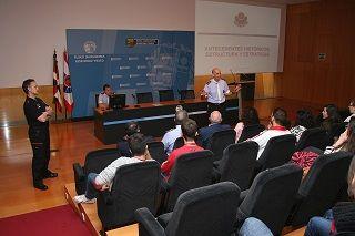 Estudiantes de Criminología de la Universidad de Murcia visitan las instalaciones de la Ertzaintza  http://www.bilbao24horas.com/index.php/euskadi/13517-estudiantes-de-criminologia-de-la-universidad-de-murcia-visitan-las-instalaciones-de-la-ertzaintza