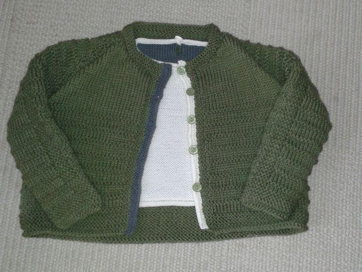 VALERIA, Handstrickware eines Sets, Bluse mit Cardigan in Wolle der Kinder bei domoras