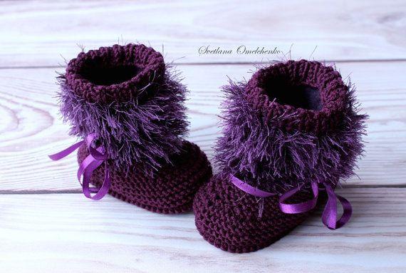 Baby girl booties, knitting booties, newborn booties, baby booties, knit booties, newborn boots, crochet baby gift,  yellow booties, yellow